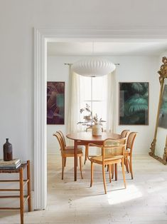 Christine Flynn Redecorated Her Prince Edward County Home from the Ground Up… Literally 1920s Interior Design, Home Interior, Interior Styling, Toronto, Sunken Living Room, 1920s House, Bright, Home Decor Inspiration, Design Inspiration