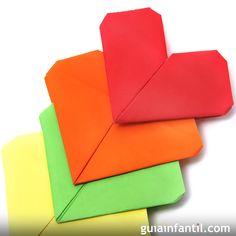 Video tutorial para aprender enseñar paso a paso a hacer un corazón de papel. Sigue paso a paso este sencillo video tutorial de Guiainfantil.com para aprender a hacer figuras de papel para jugar y disfrutar haciendo manualidades con los niños.