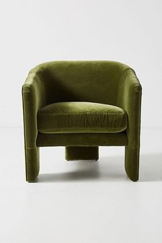 Bring a fresh lease of life to your home and make a statement with unique furniture from Anthropologie. This home furniture is perfect for making it cosy and fashionable. Home Living, My Living Room, Living Room Chairs, Living Room Furniture, Home Furniture, Furniture Design, Dining Chairs, Arm Chairs, Lounge Chairs