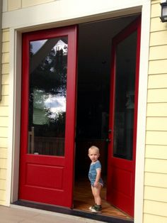 Paint Color Is Benjamin Moore 39 S Heritage Red The