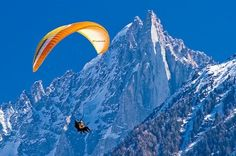 Paragliding Aiguille du Midi Chamonix. i wanted to do this when we were there, but the weather came in.....one day!!