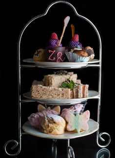 There can be no doubt that afternoon tea is a moment to be savoured. Well, can you imagine Tea with Mary Kates delight at discovering this rather special Zandra Rhodes afternoon tea designed to be …