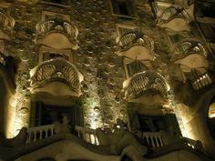 Gaudí (Casa Battlo)  (by Alejandra Farri)