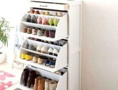 16 Hidden Storage Hacks for Your Living Room You'll swoon over these hidden living room hacks. Shoe Storage Solutions, Closet Shoe Storage, Diy Shoe Rack, Shoe Racks, Shoe Hanger, Best Shoe Rack, Small Space Storage, Hidden Storage, Diy Storage