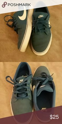 Blue nikes Great condition Shoes Sneakers