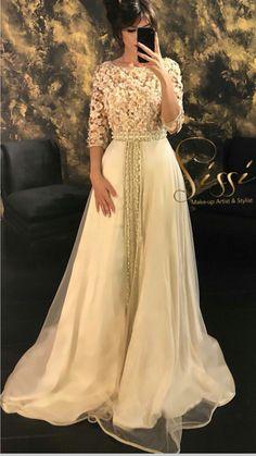 Caftan Morrocco Jellaba Caftan D'or Practical Information Kaftan Moroccan, Morrocan Dress, Blue Evening Gowns, Formal Evening Dresses, Bridal Hijab, Bridal Dresses, Prom Dresses, Arabic Dress, Afghan Dresses