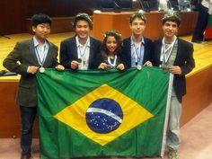 Orgulho nacional. Brasil conquista 5 medalhas na Olimpíada Internacional de Astronomia e Astrofísica. Foi o melhor desempenho do país na competição.  Meus parabéns. Você nos dão orgulhos de tè-los como brasileiros.