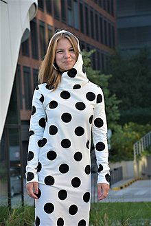 Teplákové šaty Clara Velvet s kapucňou a predĺženým rukávom / ajkadizajn - SAShE.sk - Handmade Šaty Black Dots, Polka Dot Top, Tops, Women, Fashion, Moda, Fashion Styles, Fashion Illustrations, Woman
