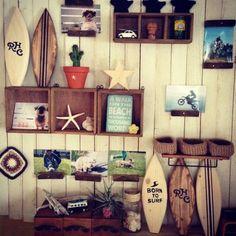 画像 Diy Interior, Cafe Interior, Room Interior, Decoration Surf, Surf Decor, Seaside Style, Store Interiors, Man Room, Surf Style