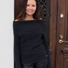 Off-shoulder neule Turtle Neck, Wool, Knitting, Shoulder, Sweaters, Fashion, Moda, Tricot, Stricken