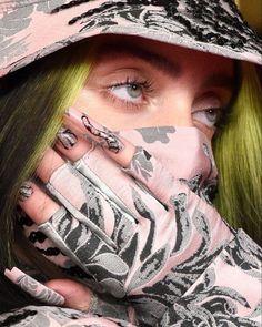 Billie Eilish, Fan Art, Celebs, Celebrities, Green Hair, Me As A Girlfriend, Pretty People, Pretty Woman, My Idol