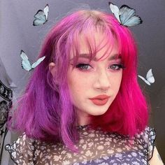 Hair so magical she'a got butterflies around her 🦋💘 gets her split dye with Juicy Pony Unicorn Hair 🌈 Style Grunge, Grunge Look, 90s Grunge, Grunge Outfits, Soft Grunge Hair, Pink Hair Dye, Hair Dye Colors, Dye My Hair, Orange And Pink Hair