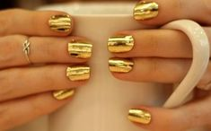 Top 5 Gold Nails of 2018