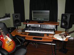The Happy Desk (Kemper) - The Gear Page