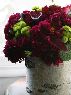 Designer Erinn Valencich contrasts both color and style by pairing magenta cockscomb, dahlia and calla lilies with chartreuse mums for pop then sliding this sophisticated arrangement into an earthy birch-bark container. Deco Floral, Floral Foam, Arte Floral, Floral Design, Fall Flowers, Fresh Flowers, Beautiful Flowers, Wedding Flowers, Beautiful Bouquets