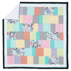 I own this quilt. Now I realize there are a lot of quatrefoil patterns on it!