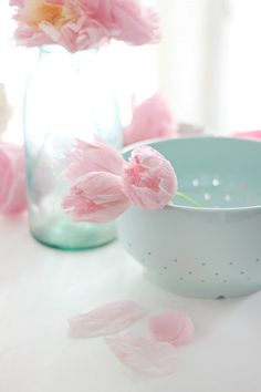 Crepe Paper Tulip Tutorial | Craftberry Bush | Bloglovin'