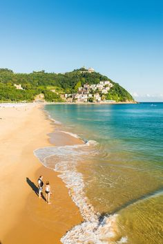Lush beaches aren't only found in the Caribbean... try San Sebastian in Spain.  ✈✈✈ Here is your chance to win a Free Roundtrip Ticket to Basque Country, Spain from anywhere in the world **GIVEAWAY** ✈✈✈ https://thedecisionmoment.com/free-roundtrip-tickets-to-europe-spain-basque-country/