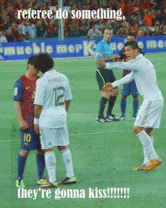 Referee!! Do something!