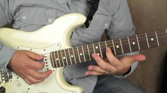 Texas blues style lick - blues guitar lessons - lead guitar - how to sol...