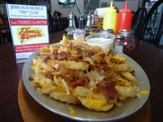 Loaded French Fries, Tom's Pizza, DeLand, Fl