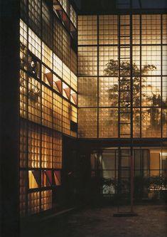masterpieces of contempory architecture: P0IERRE CHAREAU, La Maison de Verre, Paris, 1928.