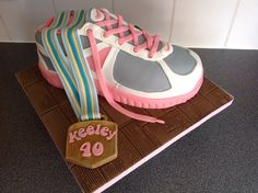 Running shoe cake for a Marathon runner. Cupcakes, Cupcake Cakes, Running Cake, Running Shoes, 40th Birthday, Birthday Party Themes, Beautiful Cakes, Amazing Cakes, Sports Themed Cakes