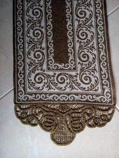 Gallery.ru / Фото #50 - hobby - ergoxeiro Cross Stitch Borders, Cross Stitch Designs, Cross Stitching, Cross Stitch Embroidery, Cross Stitch Patterns, Pinterest Cross Stitch, Filet Crochet, Carpet Runner, Needlework
