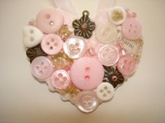 Cute As A Button Crafts with Vintage Buttons