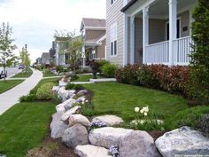 landscaping front yard idea