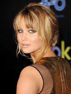 The 7 best hairstyles for square faces: Jennifer Lawrence