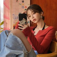↬ ᴘɪɴᴛᴇʀᴇsᴛ┊ᴄʟᴏᴜᴅxᴏɴᴇ ༉‧₊˚✧ Pretty Korean Girls, Cute Korean Girl, Pretty Asian, Beautiful Asian Girls, Brown Hair Men, Light Brown Hair, Korean Girl Photo, Creative Instagram Photo Ideas, Ulzzang Korean Girl