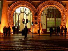 Lisbn by night - Silhuetas do Rossio #Portugal