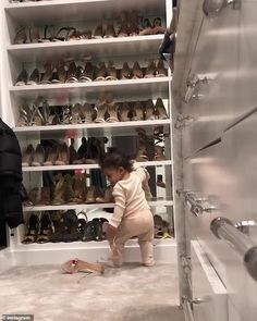 Kylie Jenner shares images of Stormi as her daughter turns one Kylie Jenner Haus, Jenner House, Looks Kylie Jenner, Kylie Jenner Style, Estilo Kylie Jenner, Kardashian Jenner, Kardashian Family, Familia Jenner, Travis Scott Kylie Jenner