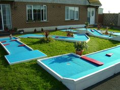 Back Yard mini golf Backyard Playground, Backyard Games, Outdoor Games, Outdoor Fun, Playground Ideas, Backyard Patio, Backyard Ideas, Putt Putt Golf, Dubai Golf