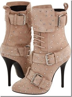 High heel #boots #laces #buckles