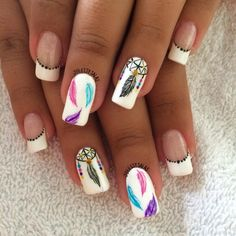Dream catcher 😍 Fancy Nails, Pink Nails, Cute Nails, Pretty Nails, Western Nails, Indian Nails, Dream Catcher Nails, Tumblr Nail Art, Feather Nail Art