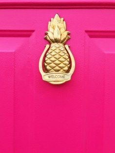 Hot Pink Door with Pineapple Door Knocker. The vintage pineapple door knocker was made my Avon. This door looks amazing after a few coats of Behr Exterior Paint In Pagoda. Bright Spring, Couleur Fuchsia, Magenta, Behr Exterior Paint, Exterior Shutters, Exterior Stairs, Stucco Exterior, Modern Exterior, Exterior Design