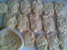 Výborná chlebíčková pomazánka Sausage, Meat, Ethnic Recipes, Food, Sausages, Essen, Meals, Yemek, Eten