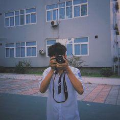Korean Boys Ulzzang, Ulzzang Couple, Ulzzang Boy, Aesthetic Boy, Aesthetic Pictures, Boy And Girl Friendship, Grunge Boy, Boy Celebrities, Photography Poses For Men