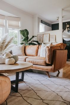 Timber Corner Sectional The Timber charme tan corner sectional demands your attention. Photo by Jessica Sara Morris. Boho Living Room, Home And Living, Living Room Decor, Living Room Ideas Tan Couch, Living Room No Tv, Living Room Ideas 2020, Decor Room, Small Living, Bedroom Decor