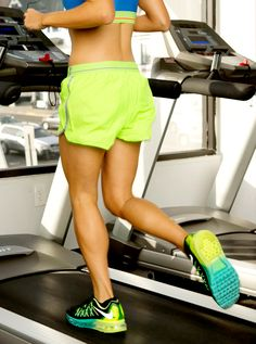 The latest tips and news on Treadmill Workouts are on POPSUGAR Fitness. On POPSUGAR Fitness you will find everything you need on fitness, health and Treadmill Workouts. Treadmill Workout Beginner, Running On Treadmill, Hiit, Running Intervals, Tabata Workouts, Treadmill Brands, Treadmill Reviews, Folding Treadmill, Aerobic Exercises