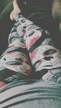 My Lala Leggings Beautiful Heels, Gorgeous Feet, Beautiful Hijab, Cute Cartoon Girl, Couple Cartoon, Cute Girl Poses, Girl Photo Poses, Viking Warrior Woman, Mercedes S63