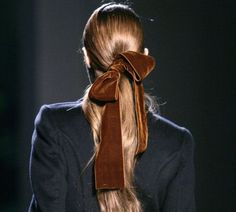 *velvet hair bow/ very calvin klein late Hair Day, My Hair, Velvet Hair, Ribbon Hair, Looks Style, Mode Inspiration, Fashion Inspiration, Pretty Hairstyles, Daily Hairstyles