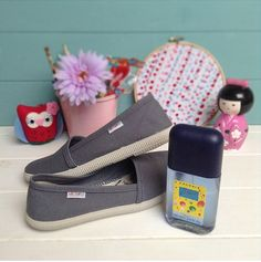 Victoria Shoes, Pool Slides, Sandals, Instagram, Collection, Fashion, Canvas Sneakers, Zapatos, La Bamba