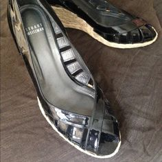 Stuart Weitzman peep toe summer shoes. Patent black leather with a summery heel. Stuart Weitzman Shoes