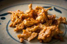 Le plus long pour faire du seitan, c'est la cuisson minutes). Easy Seitan Recipe, Seitan Recipes, Veggie Recipes, Healthy Recipes, Veggie Dishes, Tofu, Tempeh, Feta, Easy Dinner Recipes