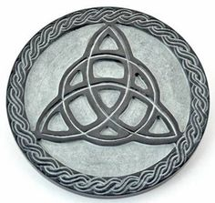 Triquetra of the Green Witch - Altar Tile - pagan wiccan witchcraft magick ritual supplies