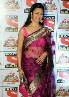 Indian TV Actress Divyanka Tripathi Stills In Sleeveless Pink Saree Bollywood Actress Hot, Beautiful Bollywood Actress, Most Beautiful Indian Actress, Beautiful Ladies, Actress Anushka, Tamil Actress, Indian Tv Actress, Indian Actresses, Divyanka Tripathi Saree