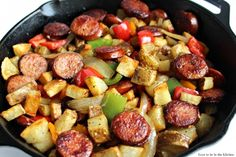 Smoked Sausage Hash - Love to be in the Kitchen Smoked Sausage Hash, Smoked Sausage And Potato Recipe, Smoke Sausage And Potatoes, Creamed Potatoes, Bean Recipes, Pork Recipes, Cooking Recipes, Healthy Recipes, Chicken